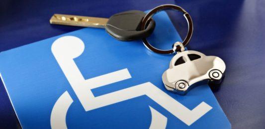 Esenzione bollo auto: quali disabili con Legge 104 possono c