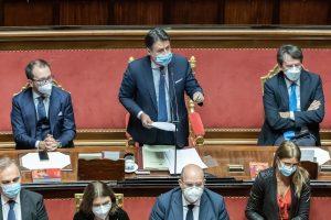 crisi-di-governo-il-senato-vota-la-fiducia-156-si
